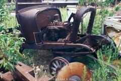 Old Car: Junk Yard