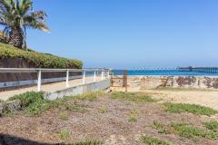 michael_prais_Ocean_Beach_-_Rail_Wall_and_Pier