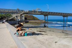 michael_prais_Ocean_Beach_-_Woman_Beach_Fishing_Pier